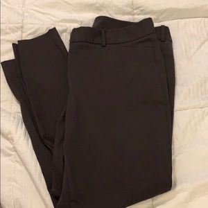 The Limited ideal stretch ankle pants size 14